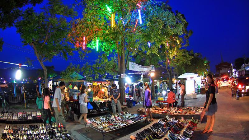 Weekend_market
