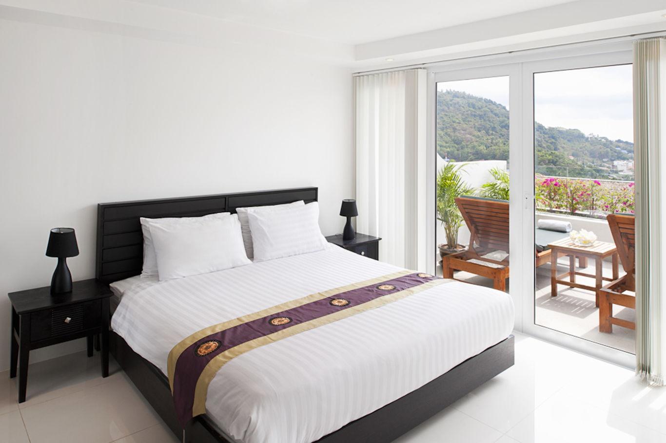 Phuket Holiday Services Kata Ocean View Residence 1 Bedroom Pearl Bedroom