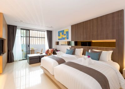 Phuket Holiday Services The Bay And The Beach Club Room B 01